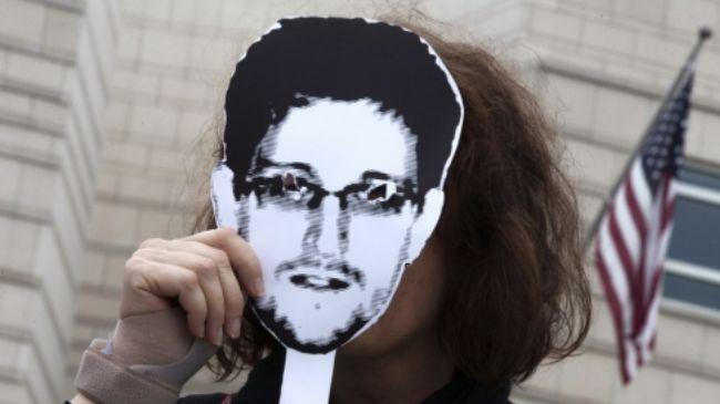 341272_Edward Snowden